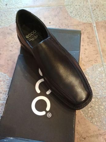 Туфли ecco оригинал новые.