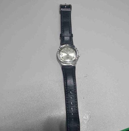 Часы Swatch V8