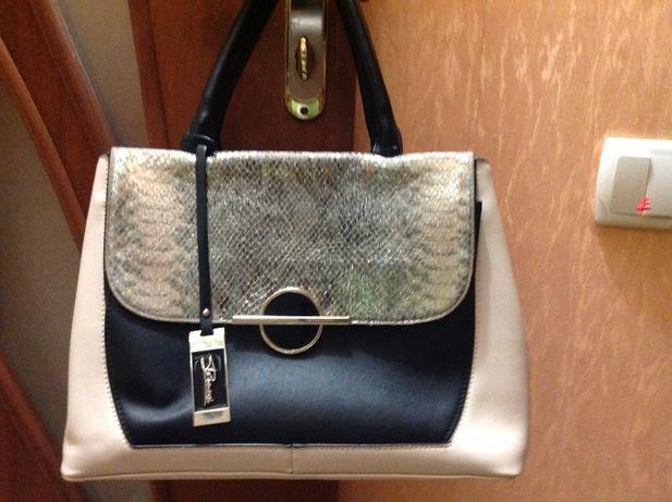 Женская сумка в хорошем состоянии.