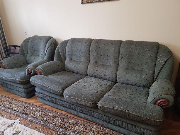 Диван та два крісла (м'яка частина)