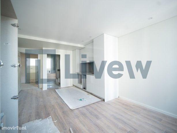 Apartamento T0 à venda na rua D. Pedro V