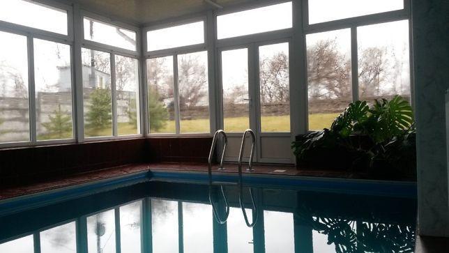 Дом для отдыха с баней и бассейном