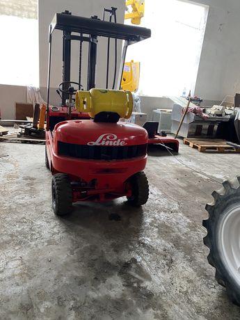 Empilhador linde 1500 kgrs gas de 1500 kgrs