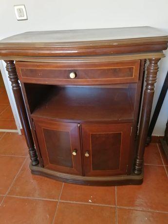 Mesa  de televisão  madeira