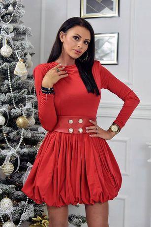 Rozkloszowana sukienka czerwona roz. S