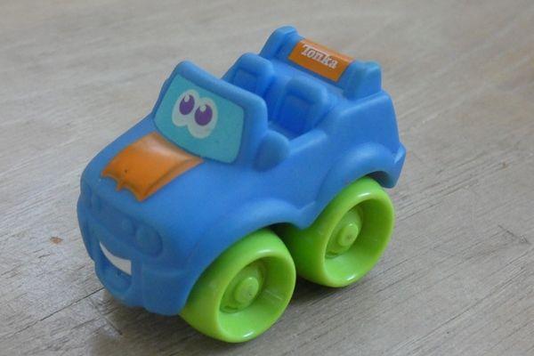 Samochodzik dla najmłodszych - terenowy firmy Tonka