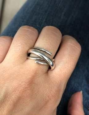pierścionek kółka ciekawy kształt