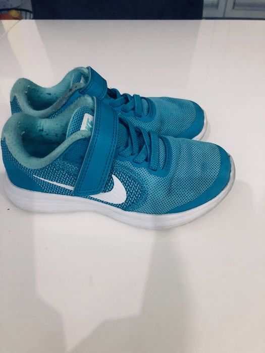 Buty dla chłopca firmy Nike rozmiar 28 Kwidzyn - image 1
