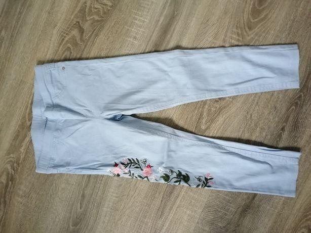 Spodnie jeansy 122