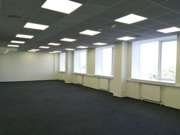 Офис 295м2 с новым ремонтом в бизнес центре. М Почайная