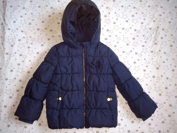 Теплая курточка на 4-5 лет