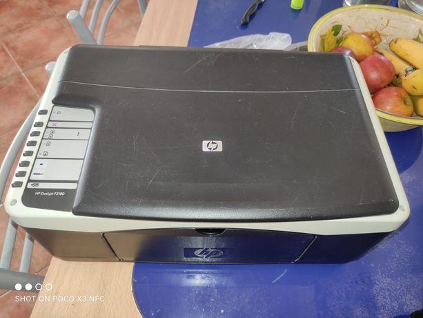 Impressora multifunções HP Deskjet F2180 - Usada sem cabos