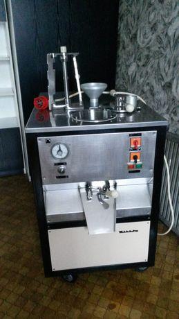 Przemysłowa maszyna do wyrabiania lodów gałkowych
