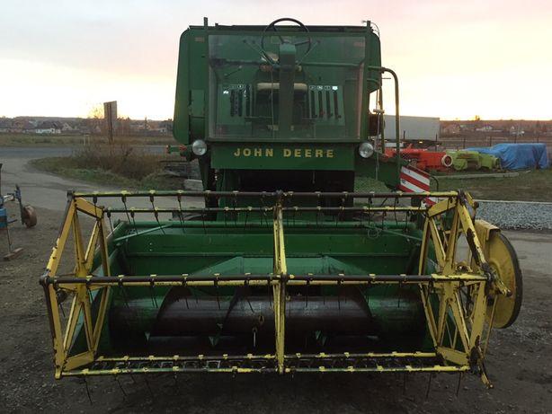 Комбайн зернозбиральний John Deere 430