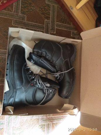 Ботинки рабочие утепленные 42 размер