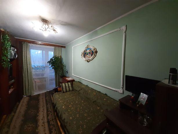 2 кімнати з балконом у гуртожитку Хімічна 35 кв.м., 4/5ц, 18 000$
