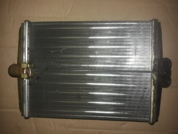 Радиатор отопителя Мерс W202 оригинал