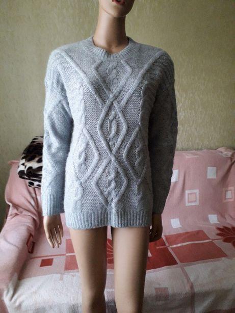 Теплый свитер с шерстью Tu