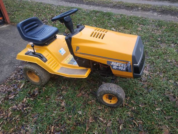 (REZERWACJA DO SOBOTY) Traktorek Kosiarka Partner 10-90E