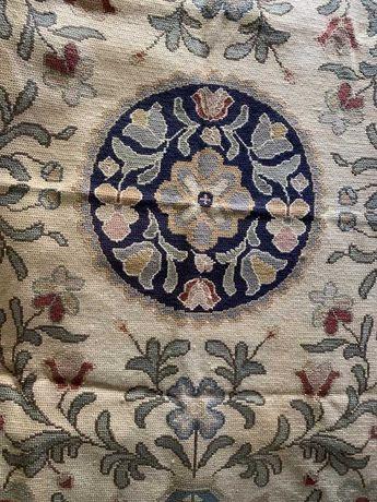 Tapetes/Carpete Arraiolos- vários tamanhos