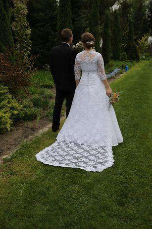 Suknia ślubna z trenem rozmiar 36-38 + dwa bolerka