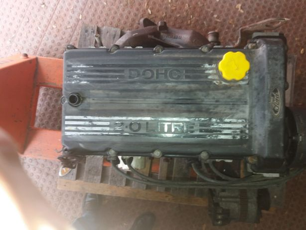 Motor Ford DOHC 2.0