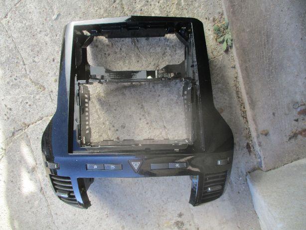 Opel Zafira B ramka radia konsola srodkowa piano black