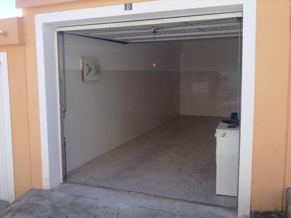 Garagem arrenda-se ~~ Porto Salvo Cascais - imagem 1