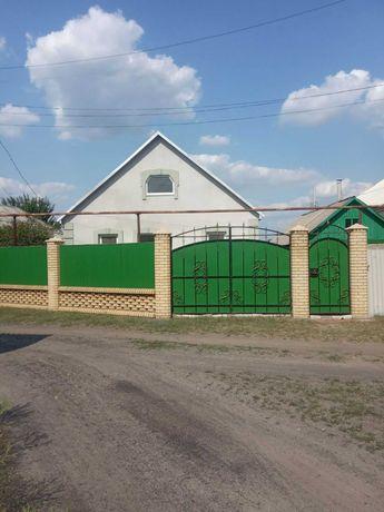 Продам дом от хозяина пгт. Станица Луганская