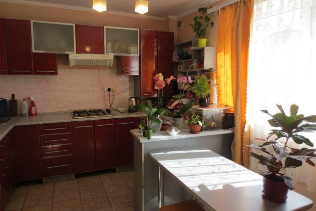 Продаж 2кім. квартири в тихій зоні по вул.16 липня р-н БАМ