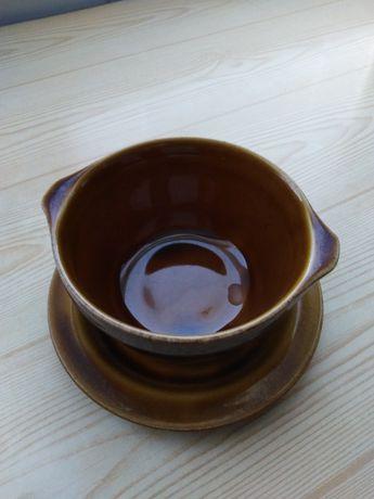 bulionówki ceramiczne z uszkami + spodki