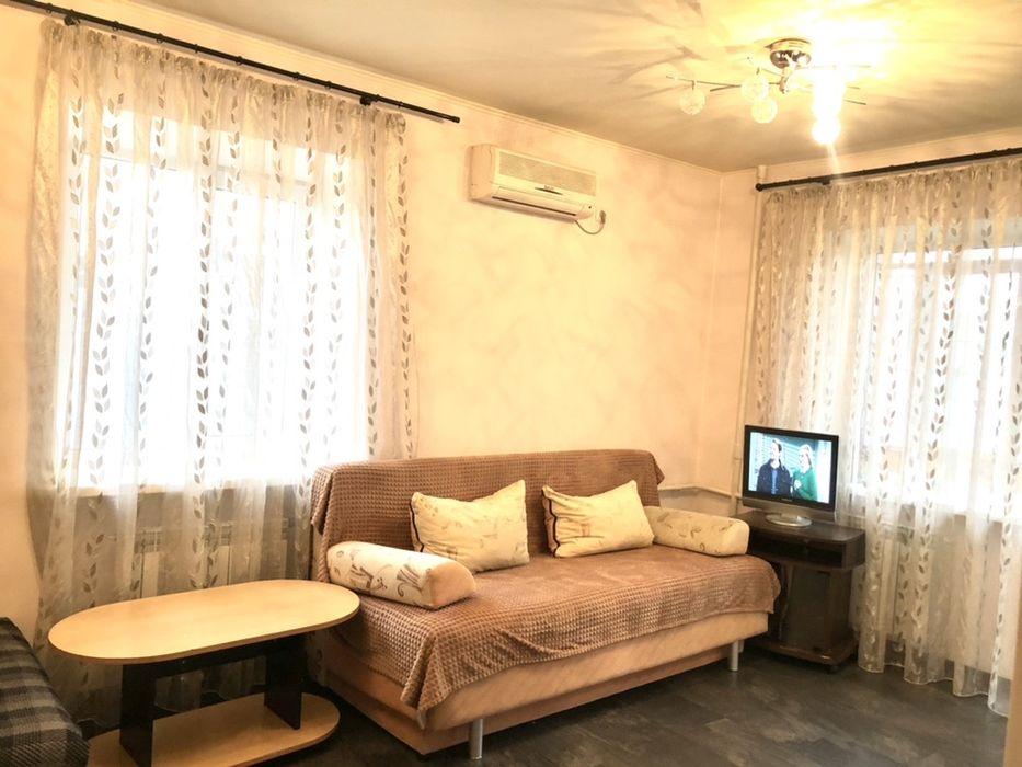 Посуточно квартира в центре,рядом Набережная-1