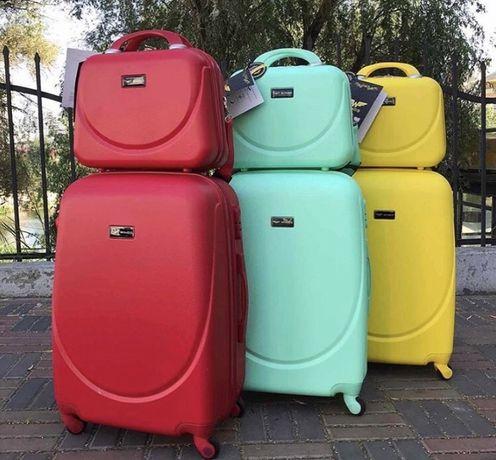 Чемодан чемоданы валізи cумки кейсы Wings FLY 310 4 колеса!!!АКЦИЯ