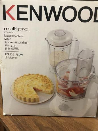 Кухонный комбайн Kenwood FPP 220