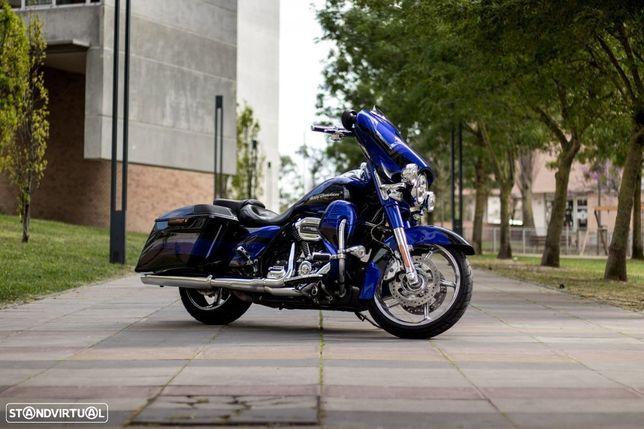Harley-Davidson FLH  Street Glide CVO