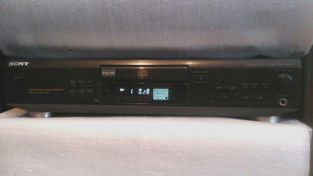 CD проигрыватель SONY CDP - XE 500