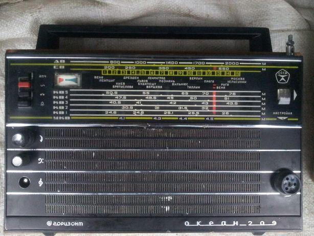 Радиоприёмник ОКЕАН 209 в рабочем состоянии