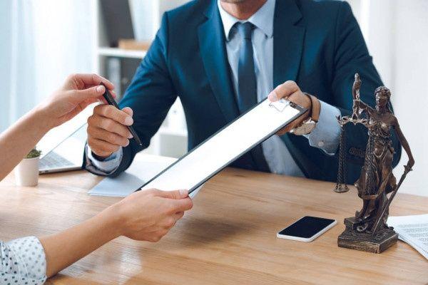 Юридические услуги.Адвокат.Правовая помощь при ДТП