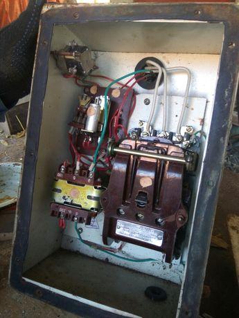 Електроника, включатель, реле, трансформатор, терморегулятор