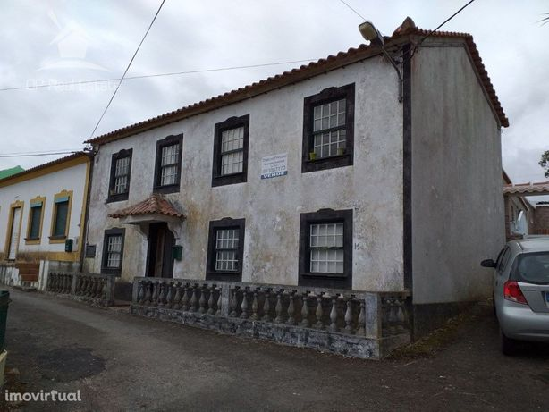 Moradia T3 na Vila de São Sebastião em Angra do Heroísmo ...