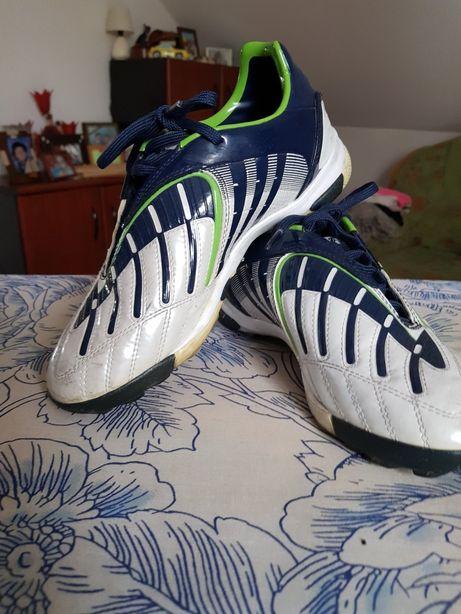 Halówki Adidas Predator 37