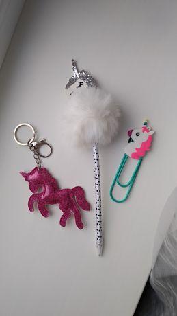 Набор канцелярии с единорогом для девочек / игрушки / брелок / ручка