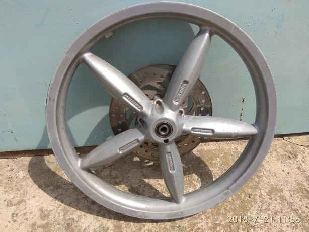 Aprilia Scarabeo 50-100 cc, переднее колесо и крыло