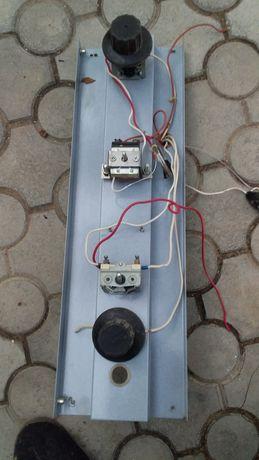 термостат і вимикачі електродуховки школьной в робочому стані.