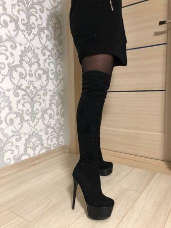 Продам ботфорты на высоком каблуке
