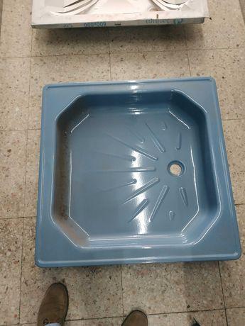 Bases de duche em chapa metálica