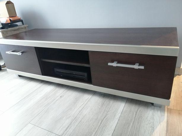 Półka pod telewizor