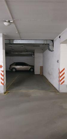 Продам подземный паркинг Одесса центр