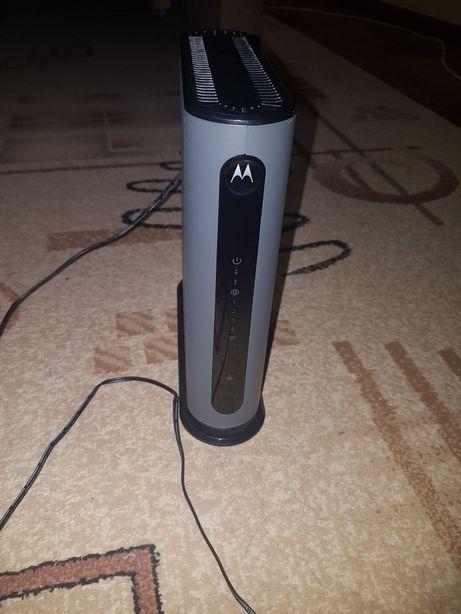 Wi-fi роутер + модем моторола М450