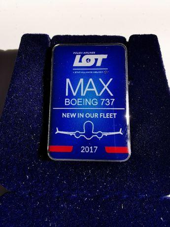Wpinka, przypinka, znaczek pins PLL LOT pierwszy 737 MAX we flocie
